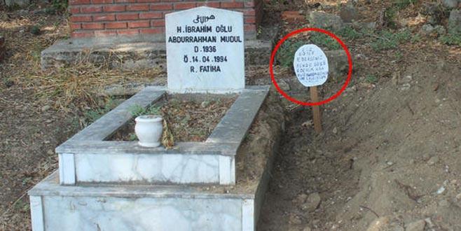 Mezarlıkta kan donduran görüntü! Mezar taşını söküp…