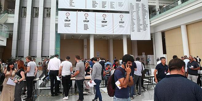 Yurtdışında kullanılan oyların sayımına başlandı