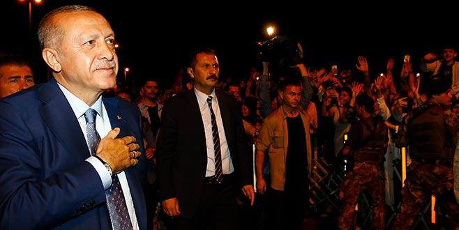 Cumhurbaşkanı Erdoğan, Atatürk Havalimanı'nda açıklamalarda bulundu