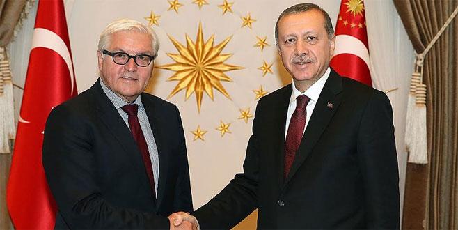 Steinmeier'den Erdoğan'a tebrik telefonu