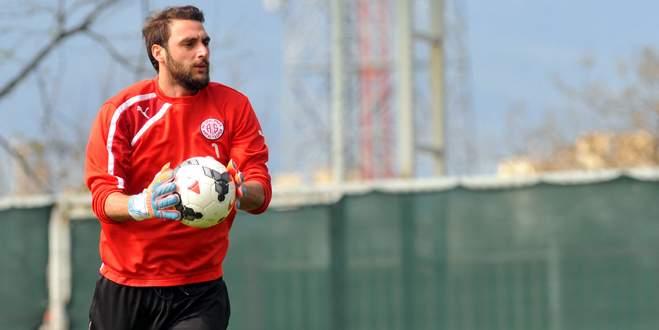 Trabzonspor'dan Hakan'a servet!