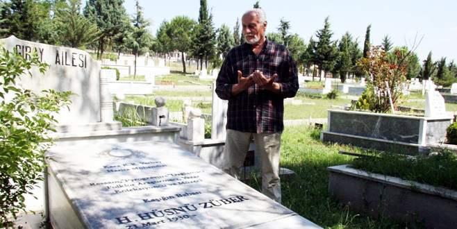 Hüsnü Züber hayatını kaybetti