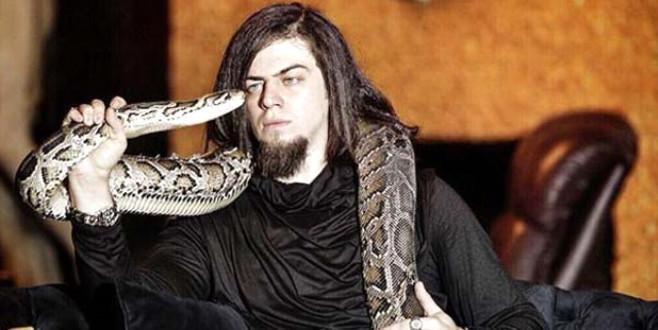 Uzmanlar uyardı: Aref'i ısıran yılan evlere girebilir