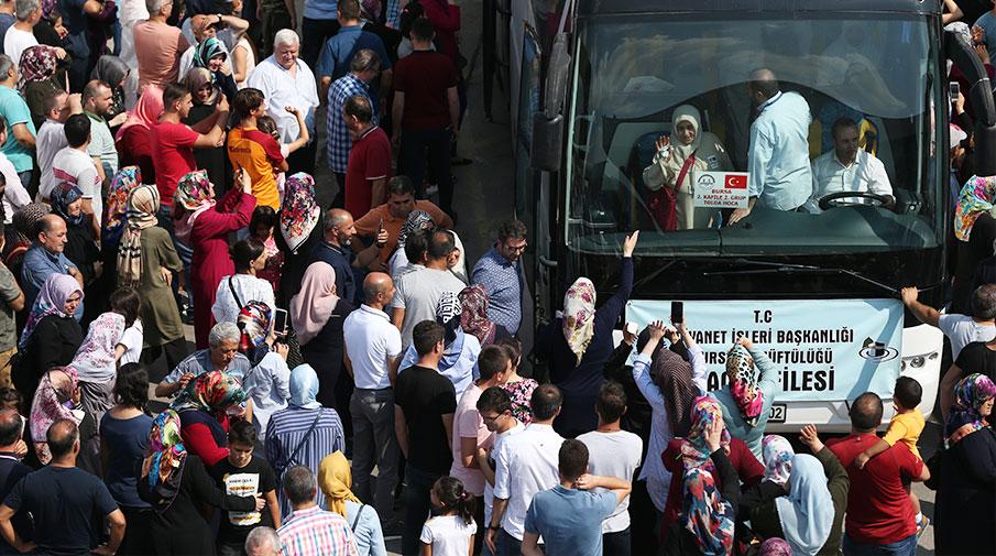 Bursa'dan ilk hacı kafilesi yola çıktı