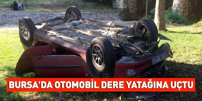 Bursa'da otomobil dere yatağına uçtu: 2 yaralı