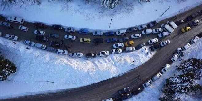 Uludağ'da trafik kargaşası