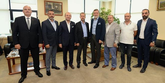 Burkay'dan Yenişehir'e destek