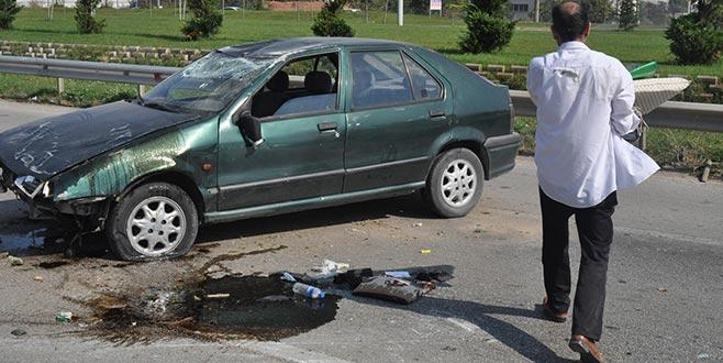 Takla attı, ölümden döndü! Yaralı bir halde aracının başında bekledi...
