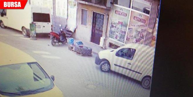 Park ettiği arabanın anahtarını üzerinde unutunca...