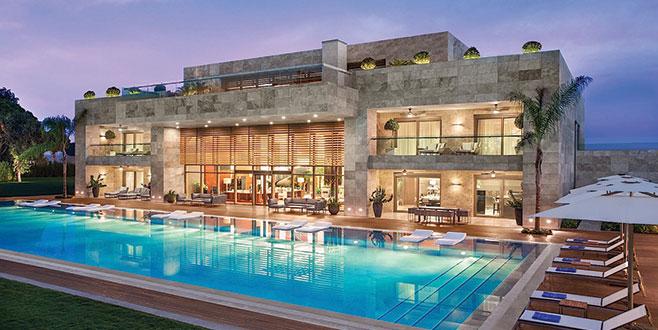 Dua Lipa'ya özel villa