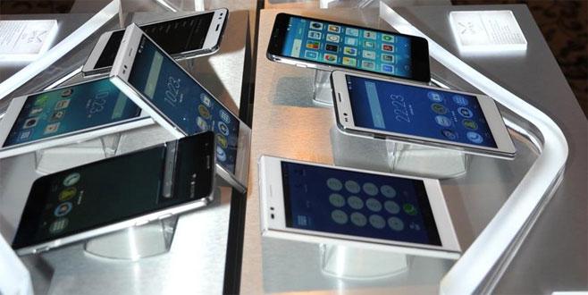 Boykot çağrısıyla cepte yerli telefon satışı artacak