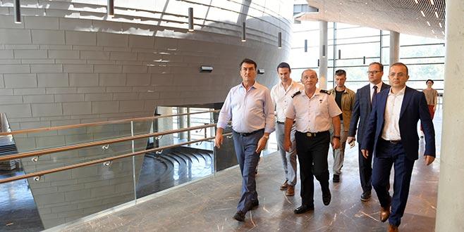 Tümgeneral Hacıoğlu'ndan Fetih Müzesi'ne ziyaret