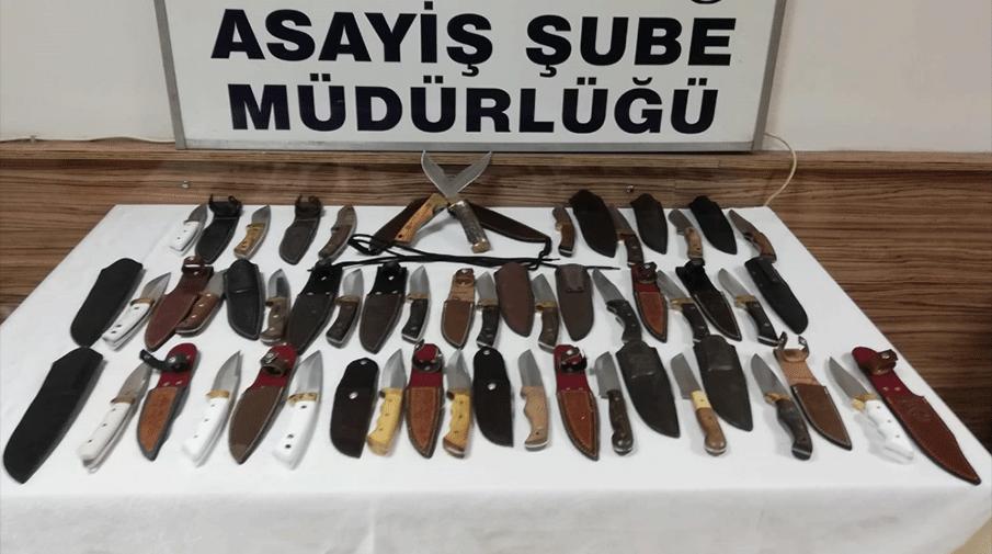 Av malzemeleri dükkanından 50 bin liralık bıçak çalmışlar