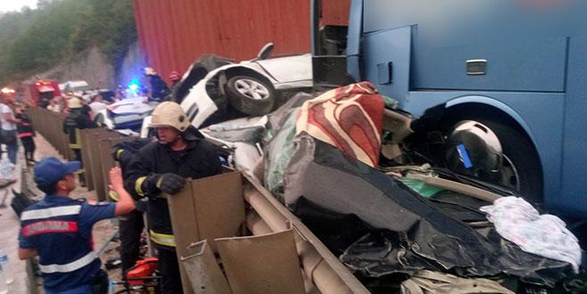 Bursa'da zincirleme kaza: 1 ölü, çok sayıda yaralı var