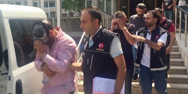 Bursa polisi uyuşturucu tacirlerine göz açtırmıyor: 9 gözaltı