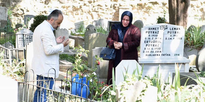 Başkan Aktaş, Pınarbaşı Mezarlığı'nı ziyaret etti