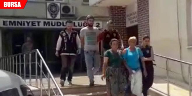 Firari hükümlü kadın uyuşturucu satarken yakalandı