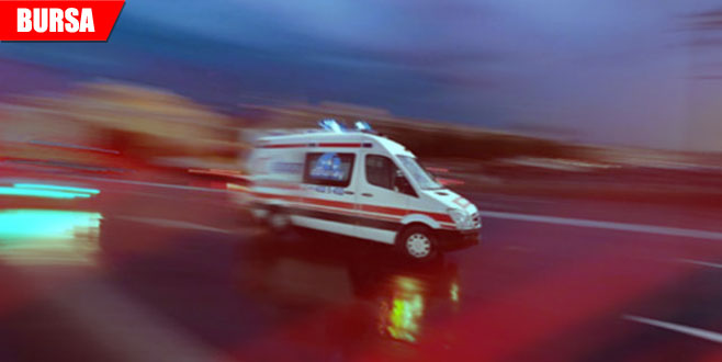 Yağmurdan kaçarken minibüs çarptı