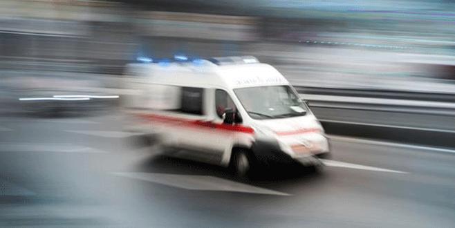 Uyarı ateşinden seken mermi polisi yaraladı