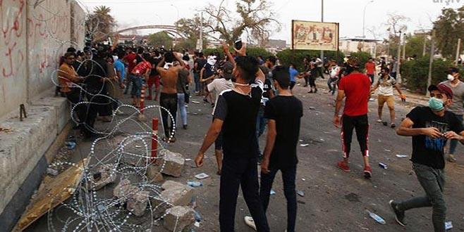 İran, Irak'la arasındaki sınır kapısını kapattı