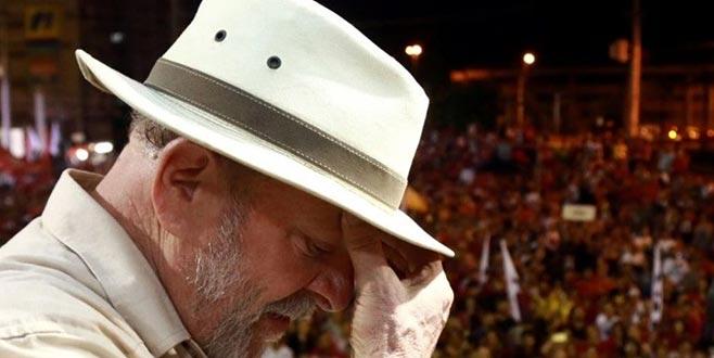 Hapisteki Lula adaylıktan çekildi