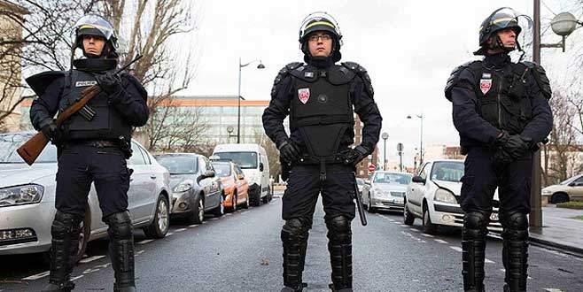 Fransa'da polis sayısı yetersiz