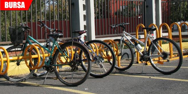 Kentte bisiklet kullanmanın dayanılmaz zorluğu