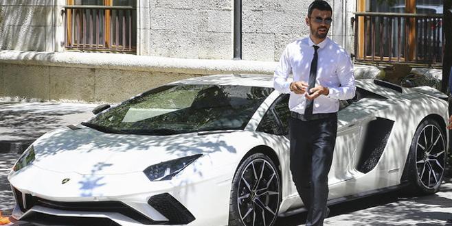Kenan Sofuoğlu'nun aracı satışa çıkarıldı