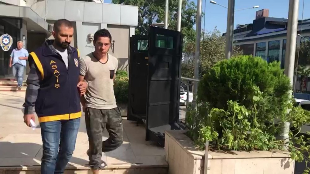 Bursa'da çaldılar, Yalova'da yakalandılar