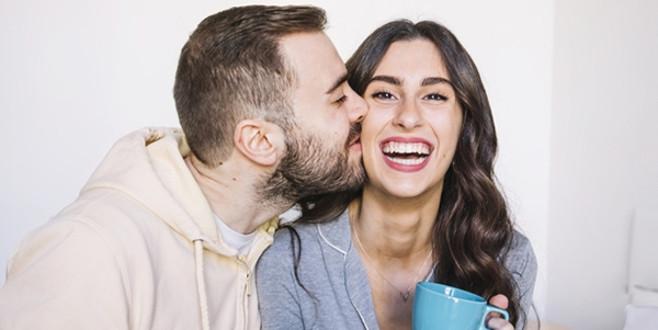 Bir erkeğin aşık olduğu nasıl anlaşılır?