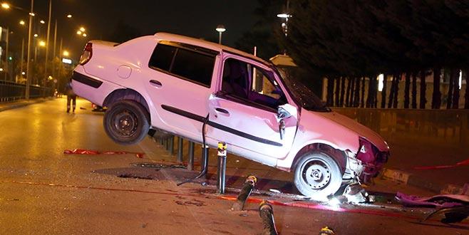 Bursa'da trafik kazası! Takla atan araç...