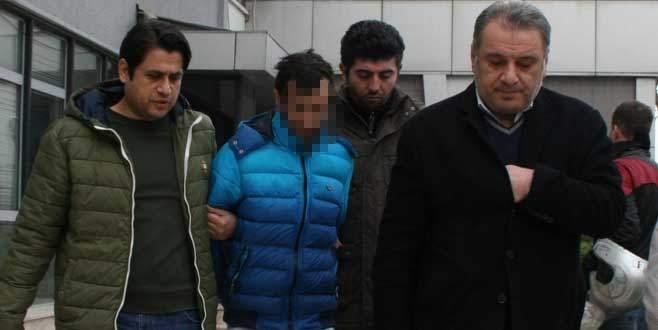 Arap turistleri gasp eden sahte polisler tutuklandı!