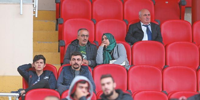 Muhammed Emin'e aile desteği