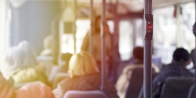 Otobüsten her indiğinizde bunu yapıyorsanız...