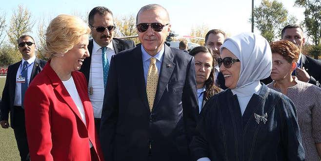 Cumhurbaşkanı Erdoğan Komrat'ta