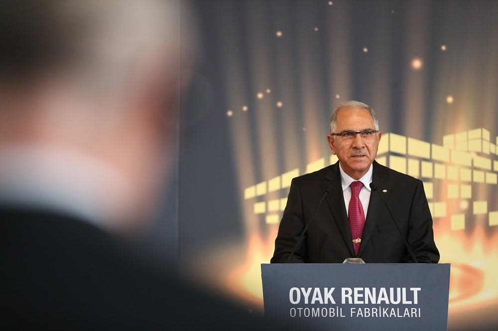 'Otomotiv, Oyak grubu için çok büyük önem arz etmektedir'
