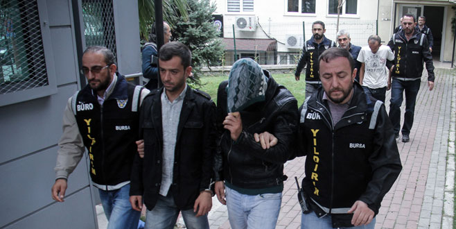 Bursa'da hırsızlık ve uyuşturucu çetesi çökertildi