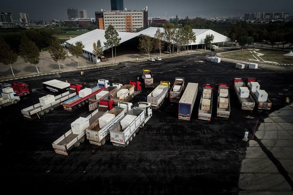 Fuarda sergilenecek mermerler yaklaşık bin 300 TIR'la taşındı