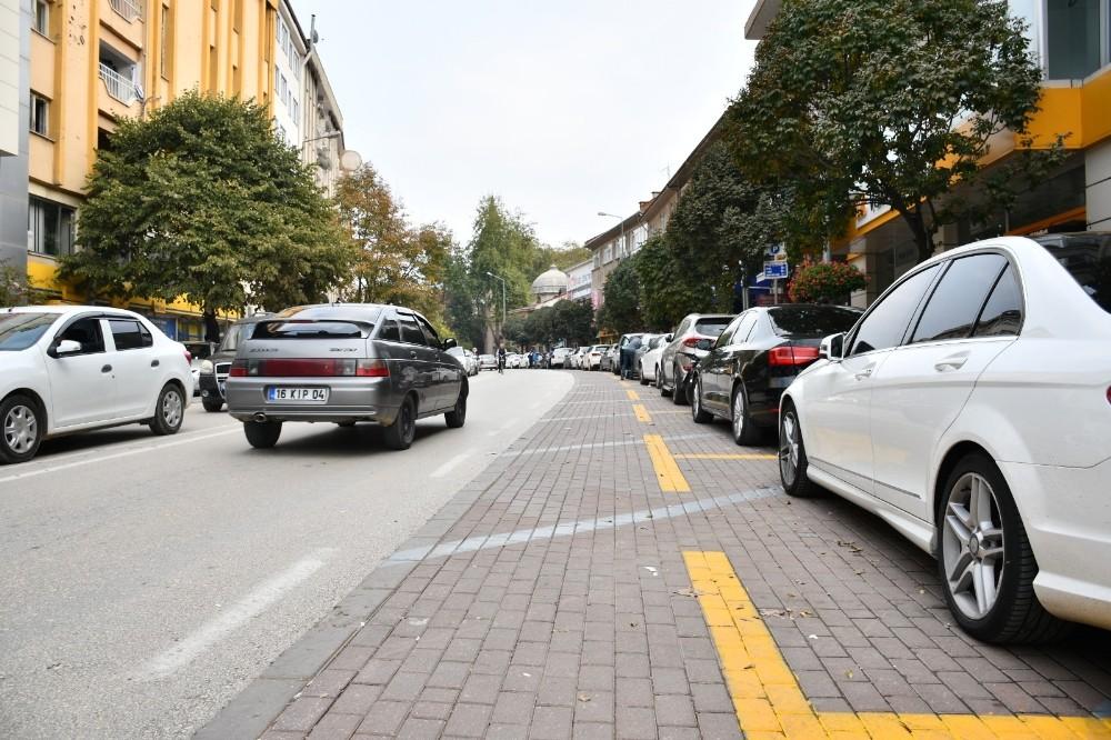 İnegöl'de araçlar dikey değil yatay park edecek