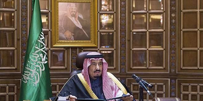 Suudi Arabistan halkı yeni kralına biat ediyor