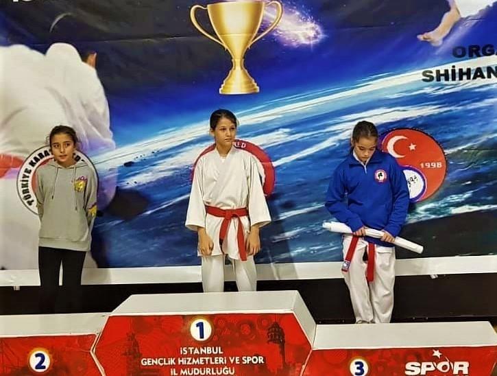 Bursalı karatecilerden büyük başarı