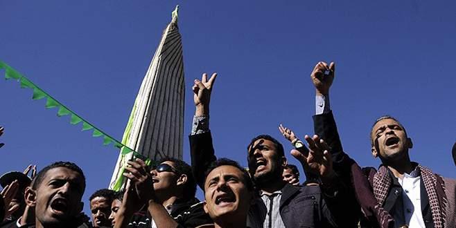 Yemen'de 'darbe'ye protesto