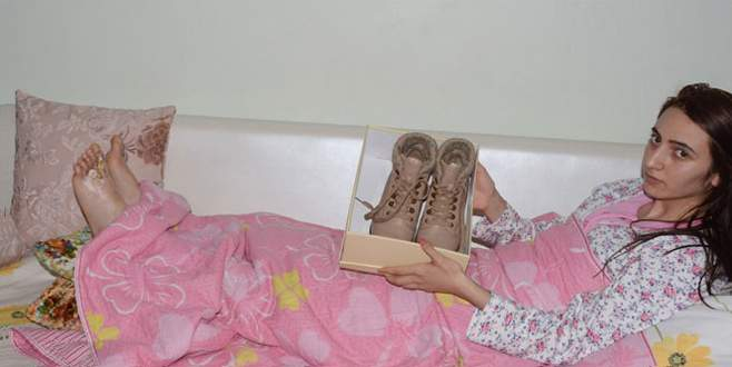 'Zehirli ayakkabı' iddiası