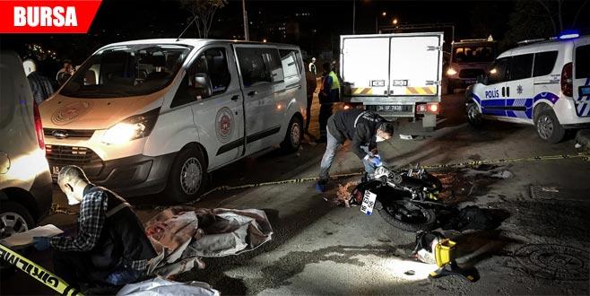 Korkunç kazada 2 kişi can verdi