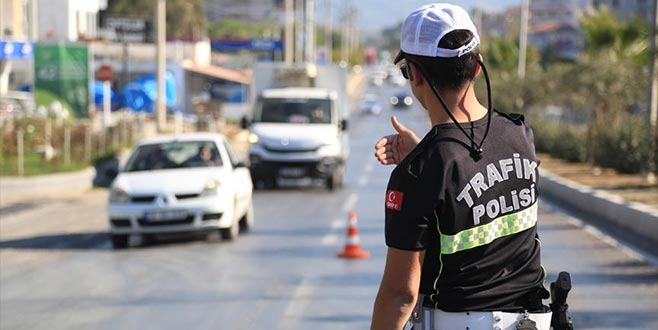 3 milyon sürücüye trafik cezası