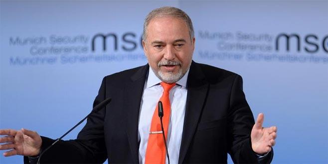İsrail Savunma Bakanı istifa etti