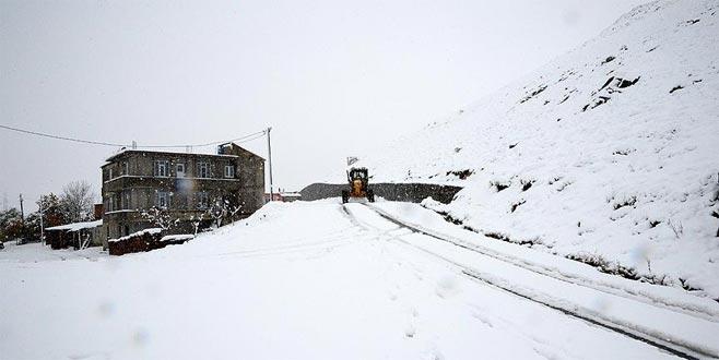 Doğuda 255 köy yolu kar nedeniyle ulaşıma kapalı