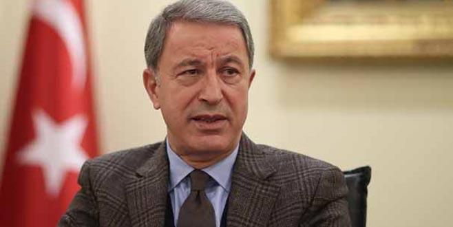 Bakan Akar: ABD'den YPG ile işbirliğini kesmesini bekliyoruz