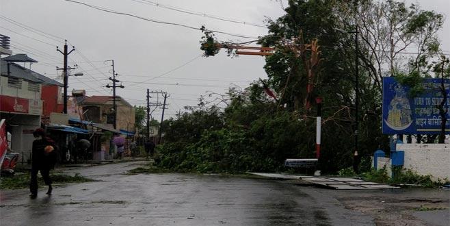 Kasırga felaketi: 33 ölü
