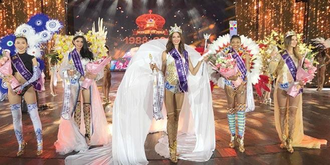 Dünya Mankenler Kraliçesi Pınar